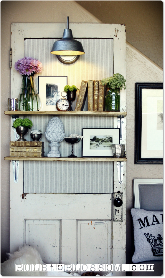 DIY shabby chic home decor - door shelf with light