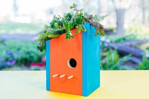 diy birdhouse planter idea