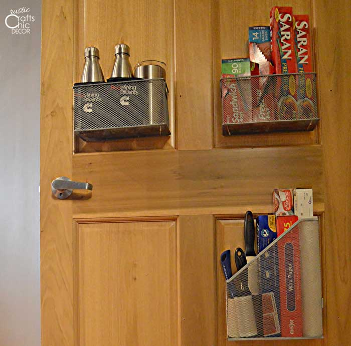 creative ways to get organized - pantry door storage