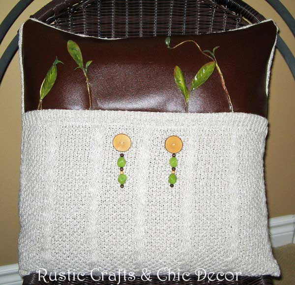 recycled sweater crafts sweater pillow