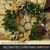 decorated christmas wreath by rustic-crafts.com