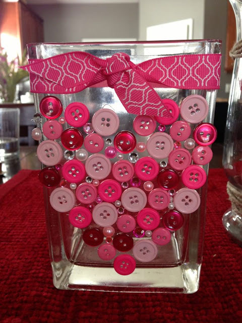 button heart valentines day vase