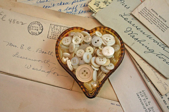 Ten Valentine Button Crafts - Rustic Crafts & Chic Decor