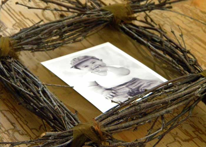rustic picture frame craft