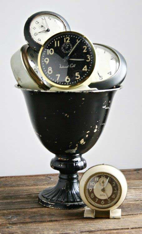 vintage clock centerpiece
