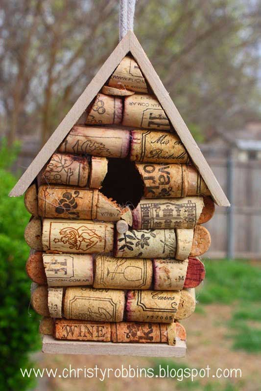 diy wine cork birdhouse