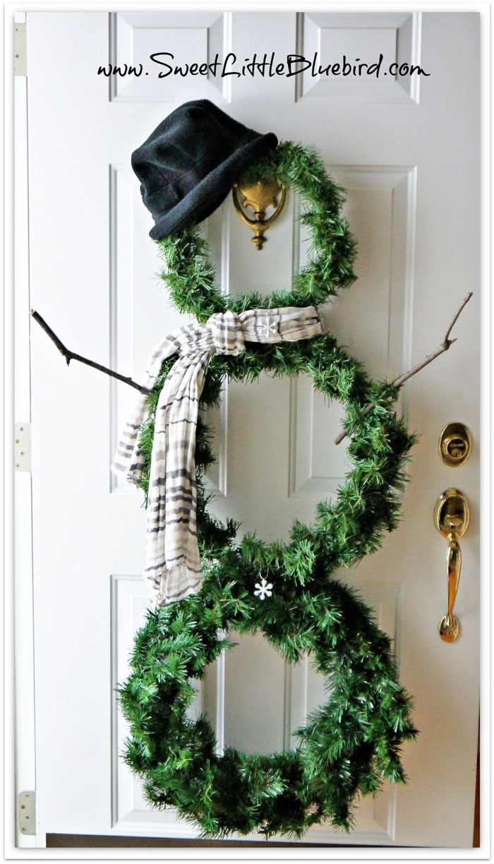 diy outdoor christmas decorations - snowman wreath