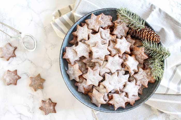 christmas desserts - almond cookies