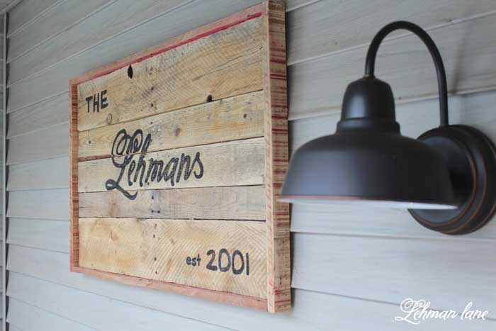 pallet decor - pallet sign