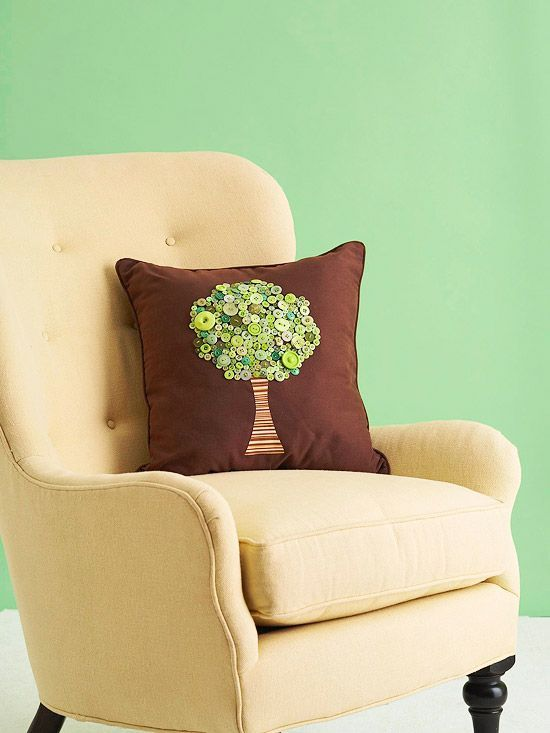 button projects - pillow