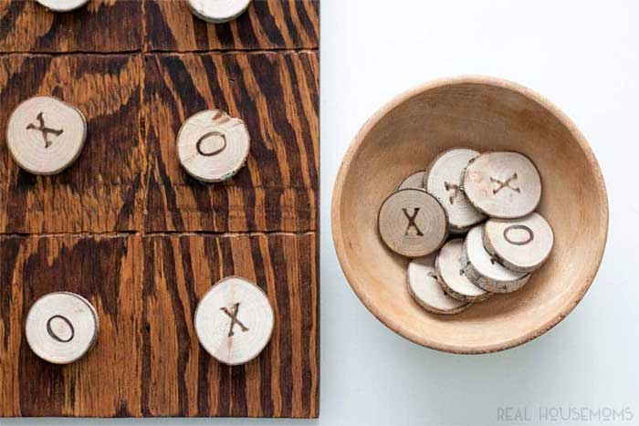 wood slice tic tac toe diy