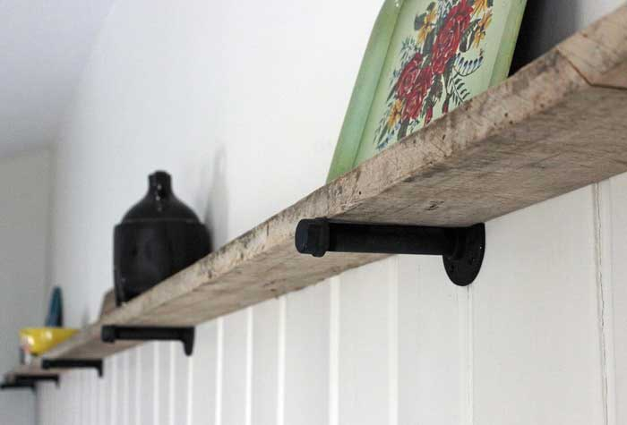 diy barnwood shelf
