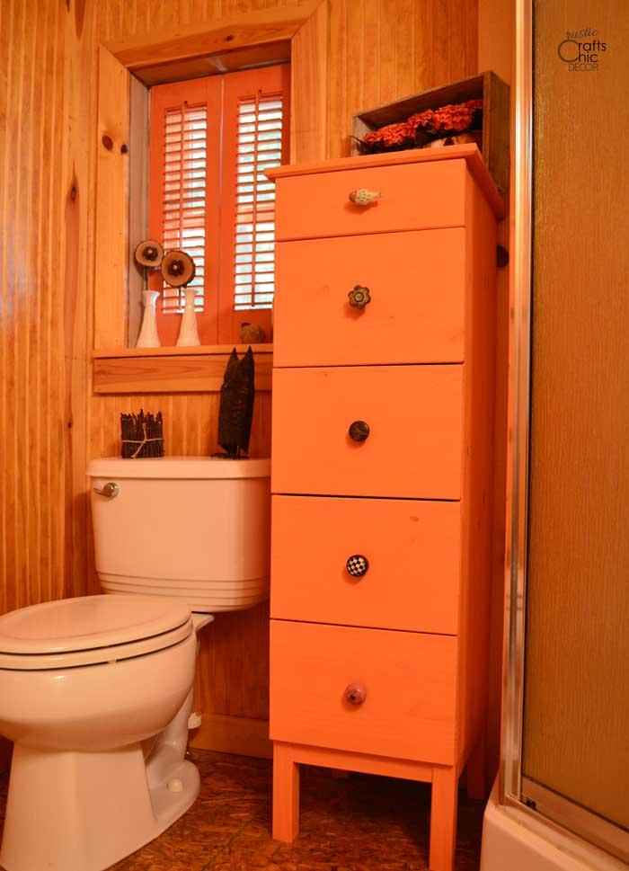 orange cabin bathroom decor