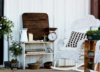rustic outdoor decor