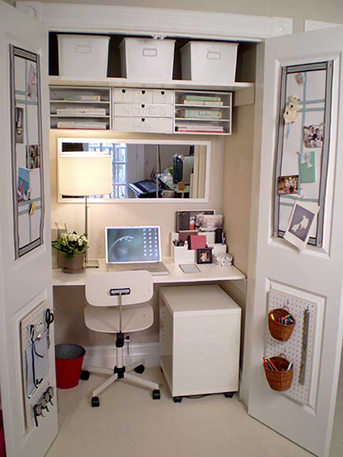 closet craft nook