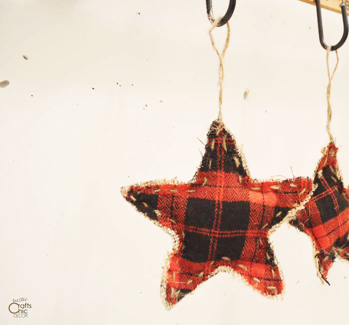 DIY fabric star Christmas ornaments