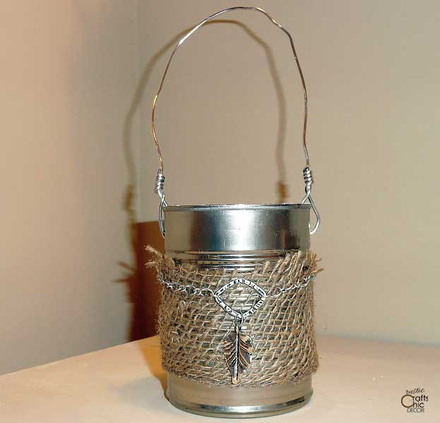 tin can with handle