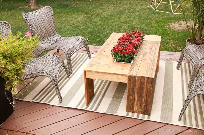 rustic pallet wood coffee table