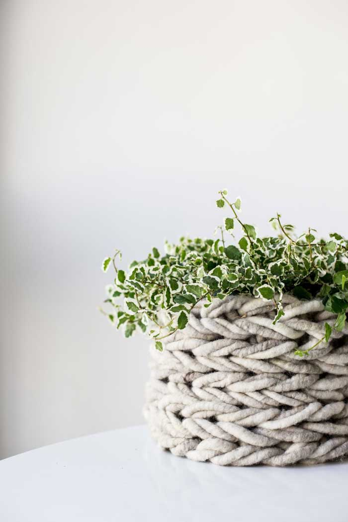 arm knit basket