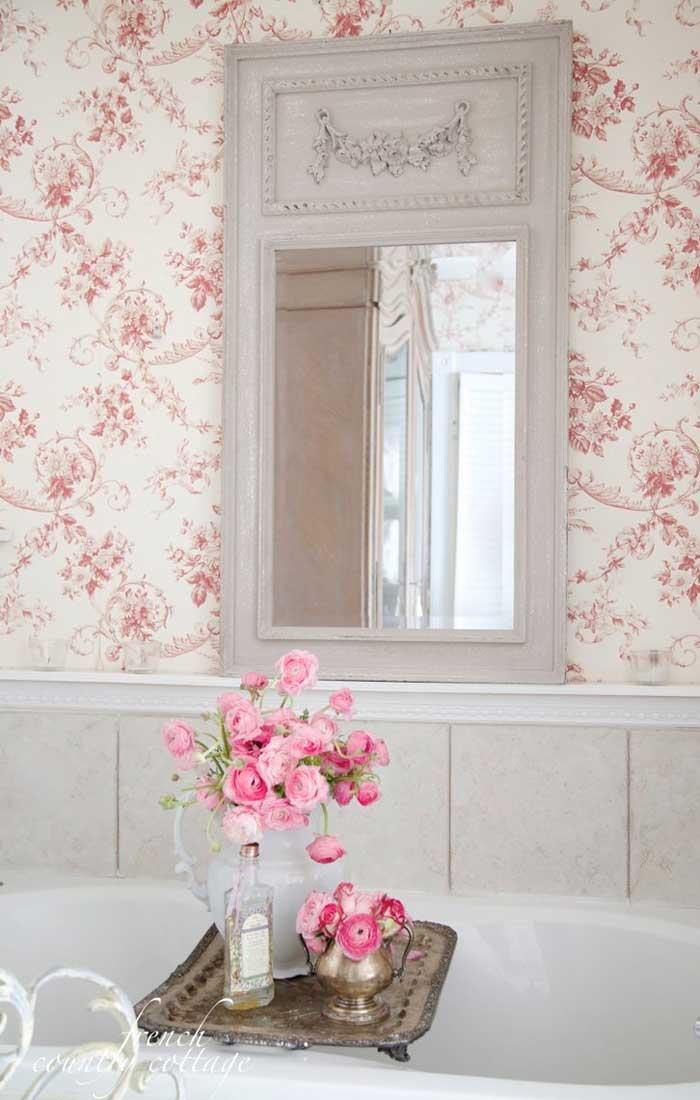 floral shabby chic bathroom