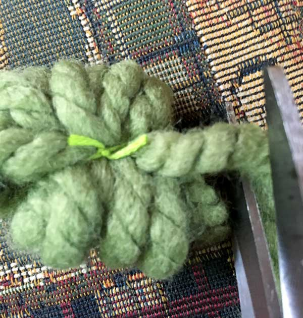 clipped thread and yarn