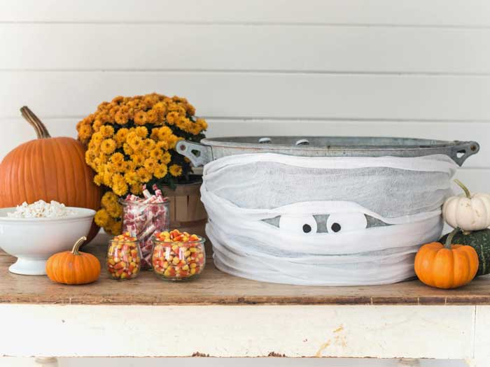 mummy beverage tub halloween idea