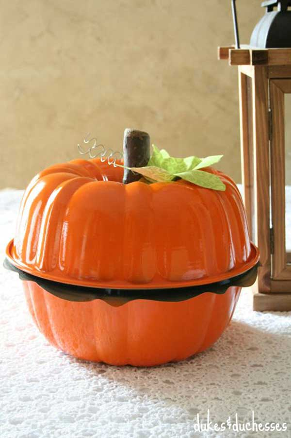 bundt pan pumpkin craft