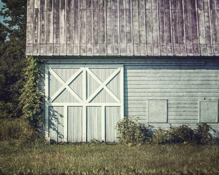 farmhouse decor landscape photography - profitable craft to sell