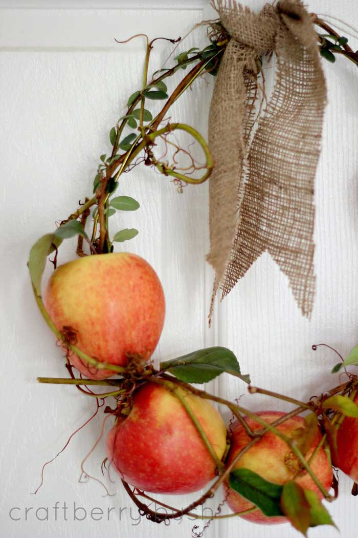 fresh apple wreath