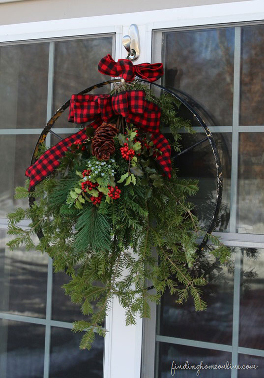 vintage wheel christmas wreath