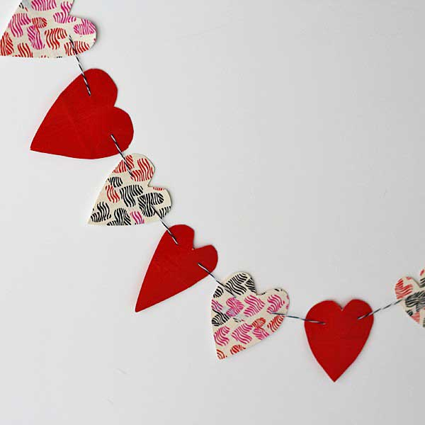 duct tape heart garland