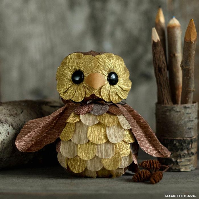 diy foam and crepe paper owl