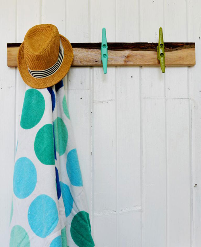 poolside towel hanger