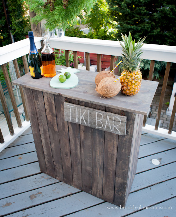 diy rustic tiki bar