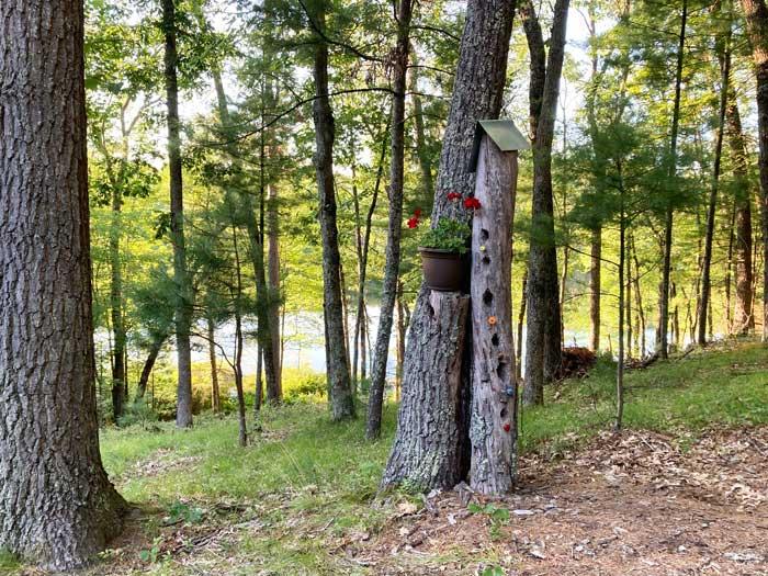 tree trunk birdhouse
