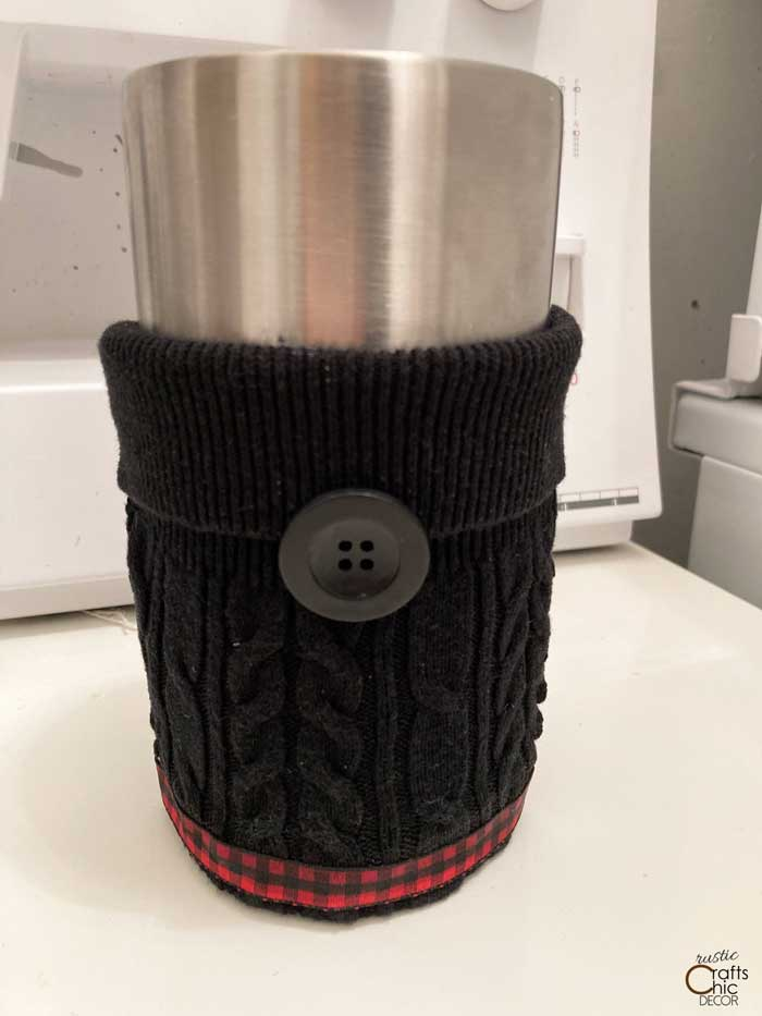 finished diy coffee sleeve