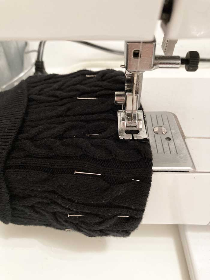sewing hem on coffee sleeve