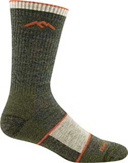 gift giving guide: darn tough morino wool socks