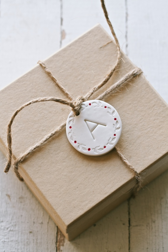diy clay gift tag