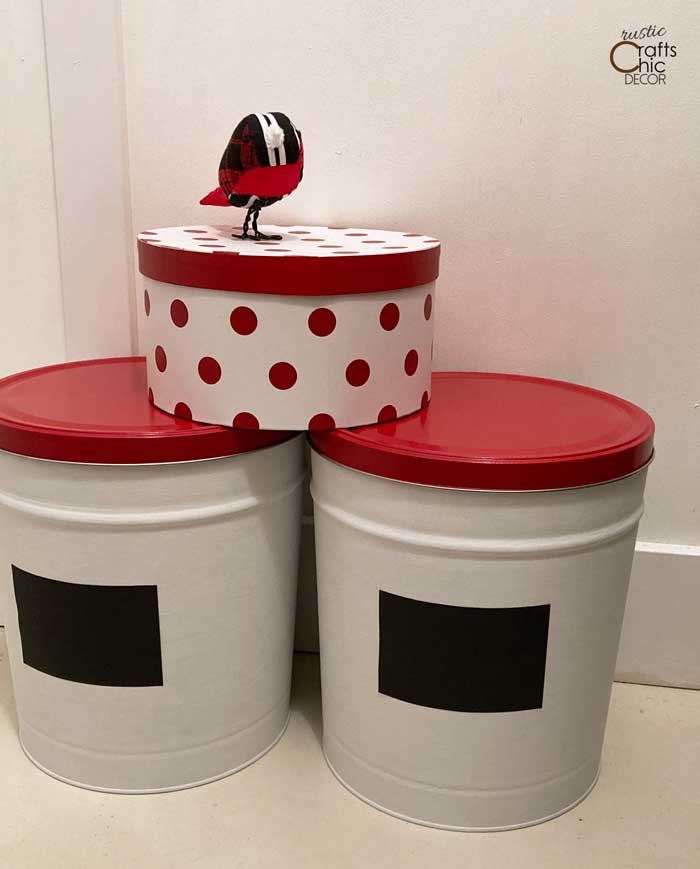 painted tins