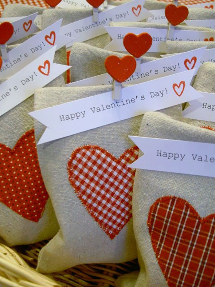 drop cloth Valentines Day bags