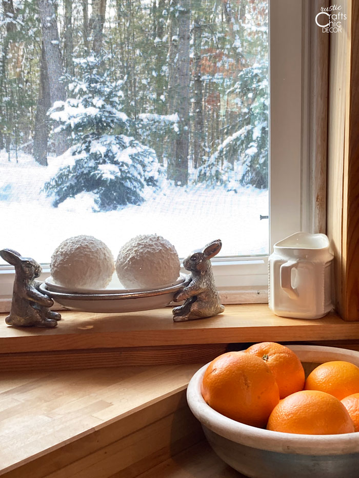 winter diy decorative snowballs