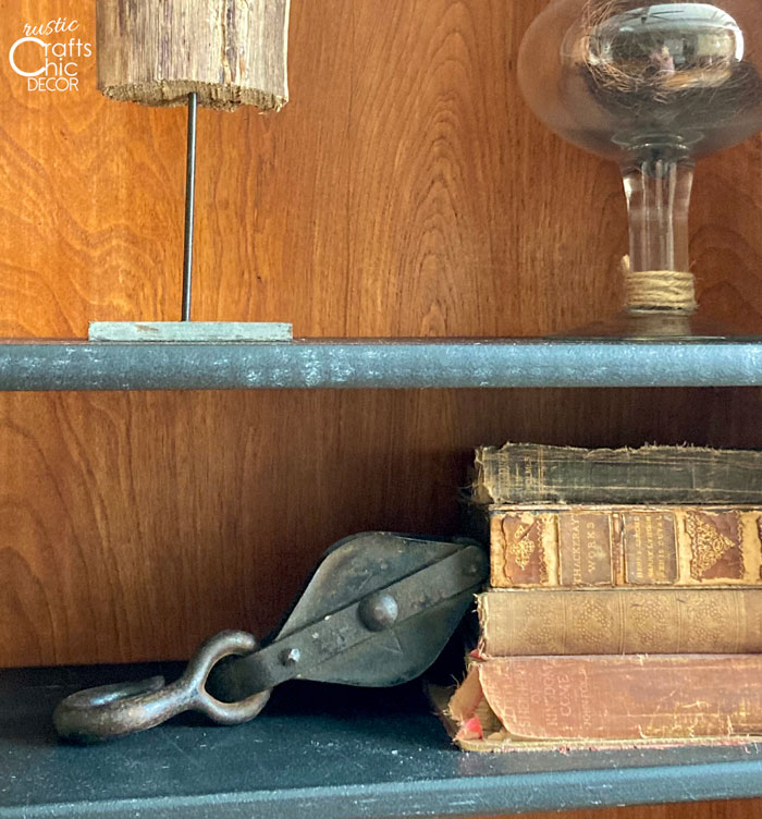 pulley bookend