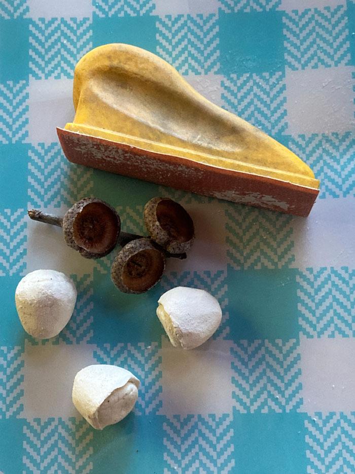 sanded acornsr