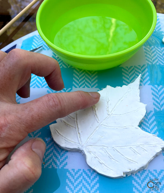 smooth out clay leaf